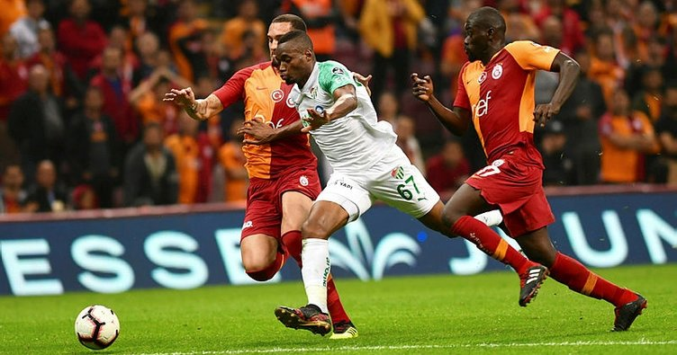 Bursaspor evinde Galatasaray'a karşı üstün
