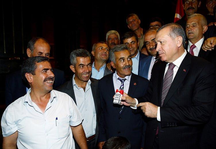 Cumhurbaşkanı Erdoğan onlarca vatandaşa böyle sigara bıraktırdı!