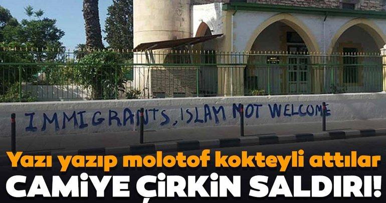 Güney Kıbrıs'ta çirkin saldırı! Köprülü Camisi'ne molotof kokteyli attılar