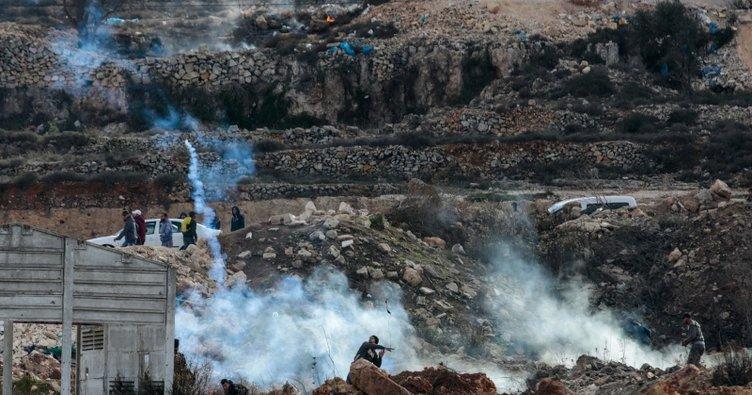 İsrail güçleri Batı Şeria'da biri çocuk 4 göstericiyi yaraladı