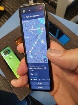 'Android'in babası' yeni telefonunu paylaştı