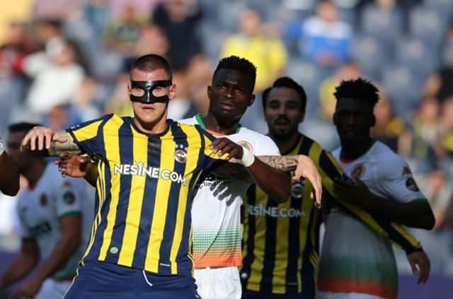 Rıdvan Dilmen: F.Bahçe'nin şampiyonluk şansı yok