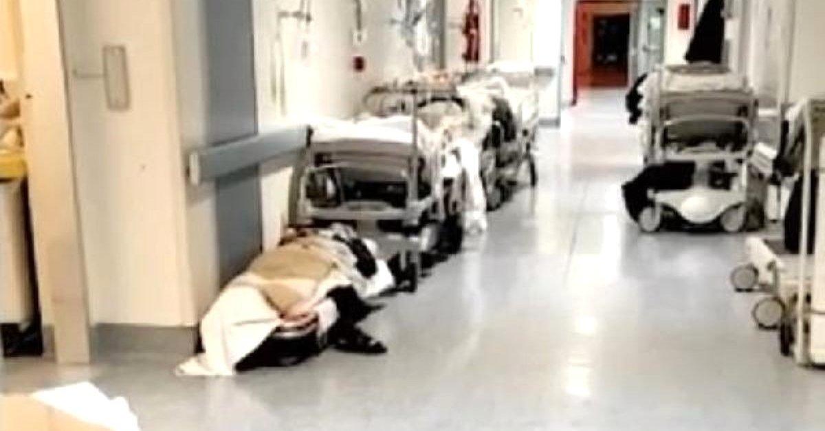 hastane koridorları resim ile ilgili görsel sonucu