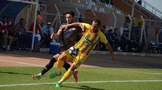 Ziraat Türkiye Kupası'nda Erzin Belediyespor 3 golle turladı