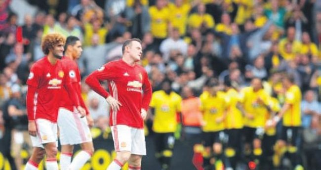 Manchester United'a son şok Watford'dan
