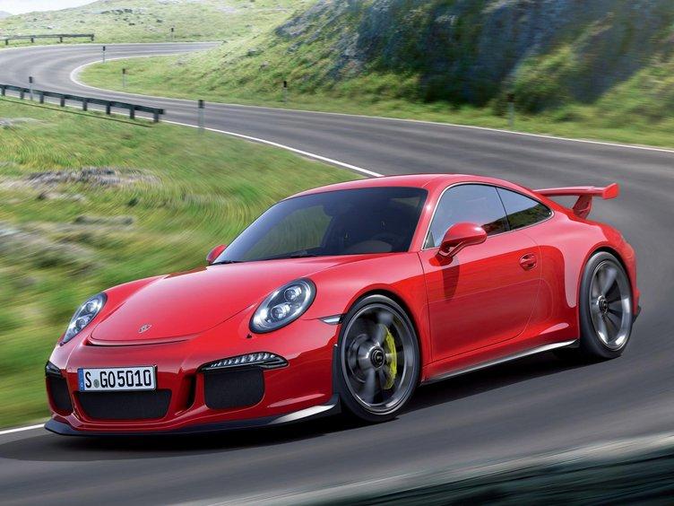 Porsche'a yanıltıcı yazılım suçlaması