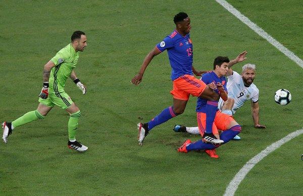 Arjantin - Kolombiya maçında sürpriz sonuç