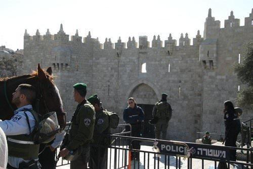 Toprak Günü'nde Kudüs'ün kapıları kapatıldı