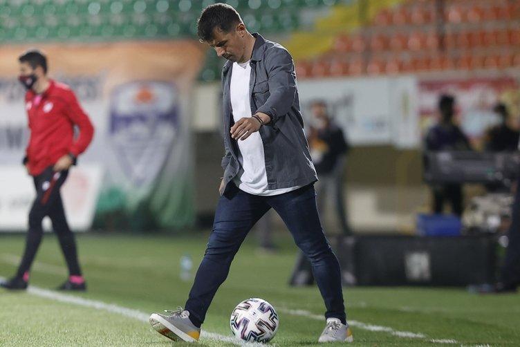 Son dakika: Emre Belözoğlu'nun yaptığı değişikliğin sırrı ortaya çıktı! Fenerbahçe taraftarı çıldırmıştı