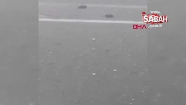 İzmir'de sağanak ve dolu yağışı başladı