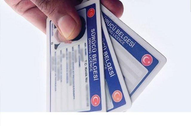 Yeni ehliyet çıkarmak için gerekli belgeler