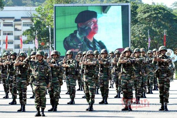Hangi ülkenin ordusunda kaç asker var?