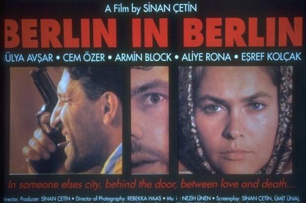 Hülya Avşar Türkiye'nin hiç gündeminden düşmeyen ünlüsü
