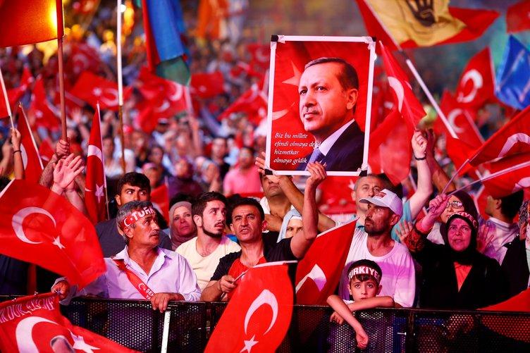Erdoğan'dan Külliye'de anlamlı hareket