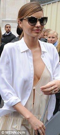 Miranda'dan cesur kıyafet
