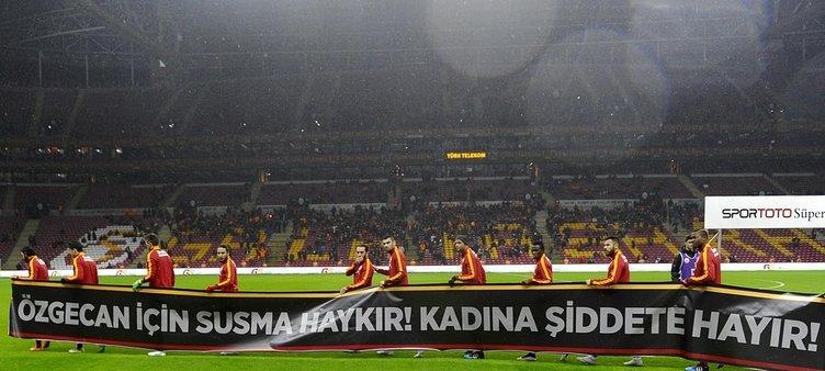 Arena'da Özgecan Aslan unutulmadı