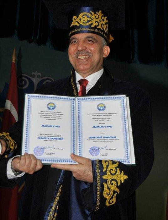 Abdullah Gül'ün şapkaları