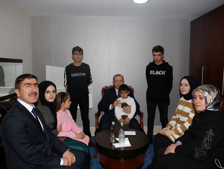 Başkan Erdoğan, Şehit Ahmet Budak'ın eşi ve çocuklarını kabul etti