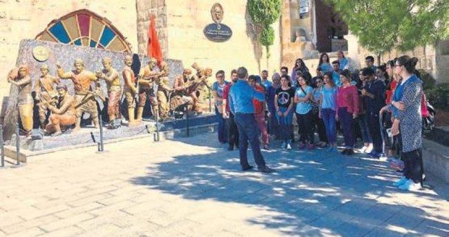 HKÜ öğrencileri Gaziantep'i tanıdı