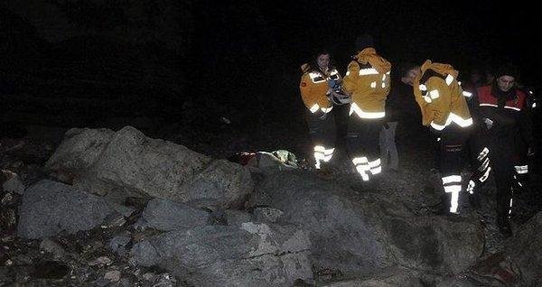 Uçurumdan düşen nişanlı çift hayatını kaybetti