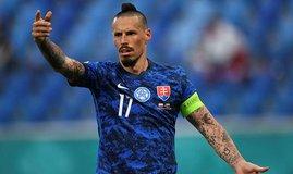 Slovakya Polonya'yı devirdi! Hamsik...