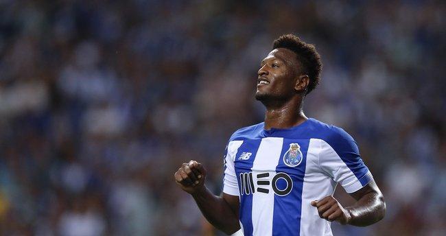 Ze Luis adım adım Fenerbahçe'ye! Porto'dan flaş hamle