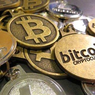Kriptopara piyasa hacmi dün akşam saatlerine göre 11 milyar dolar geriledi