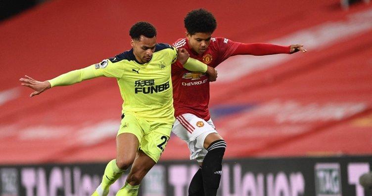Shola Shoretire dün Manchester United formasıyla...