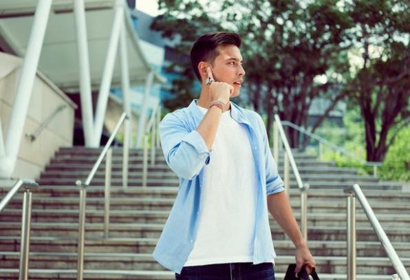 Parmağı telefona dönüştüren yüzük