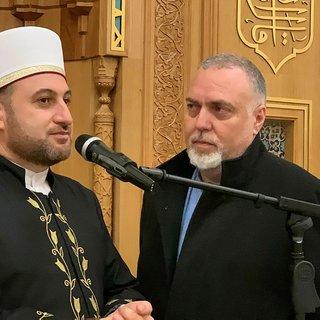 Yusuf İslam'ın medya danışmanı Pedro Carvalho Cambridge Camisi'nde Müslüman oldu