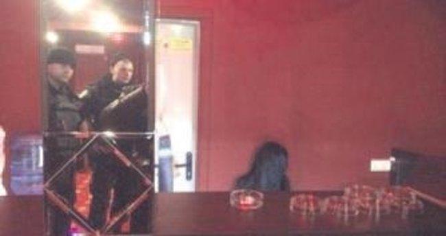 Ukrayna'da bir Türk gazinoyu bastı