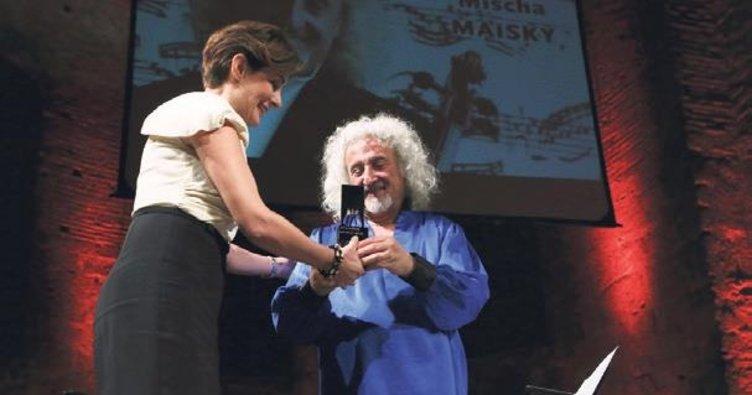 Yaşam Boyu Başarı Ödülü Mischa Maisky'ye verildi