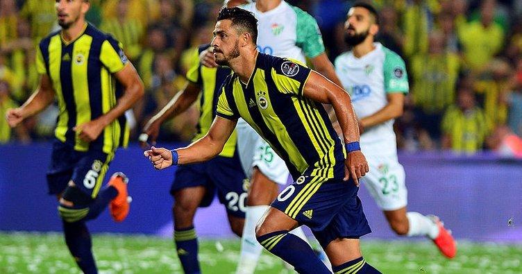 Son dakika: Fenerbahçe'de Cocu, Giuliano'nun ayrılacağını açıkladı