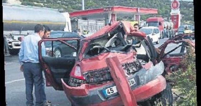 3 sağlık çalışanı kazada yaralandı