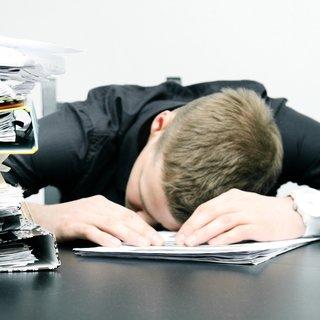 İşyerinde uyuyan işçiye Yargıtay'dan kötü haber