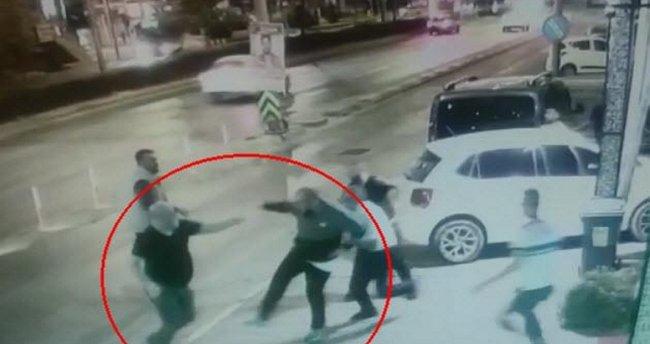 İzmir'de gece kulübünde 'kadın çıkarma' kavgası: Görüntüler yeni ortaya çıktı!