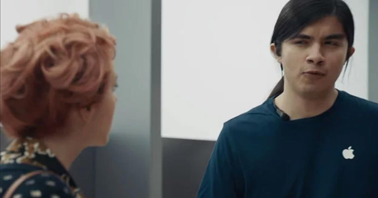 Samsung, Apple'ın iPhone X modelini 'ti'ye aldı