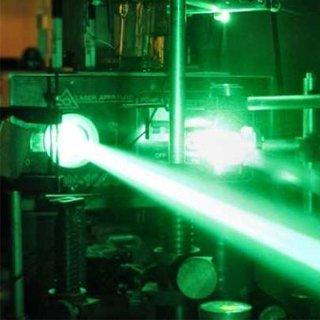 Çin lazerleri ABD uçaklarını lazerle hedef alıyor!