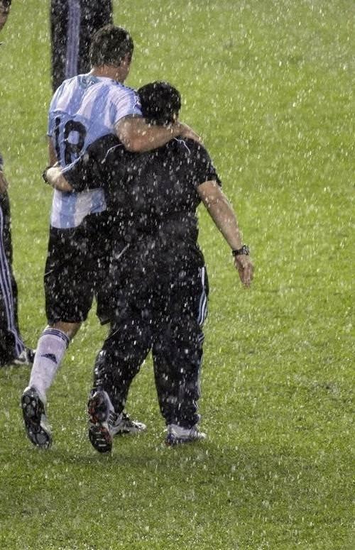 Maradona böyle sevindi