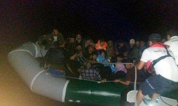 Didim'de lastik botta 30 kaçak göçmen yakalandı