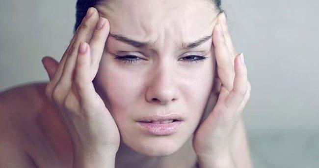 Sürekli ve geçmeyen baş ağrısı neden olur, neyin belirtisidir? Sürekli  kronik baş ağrısına ne iyi gelir, nasıl geçer? - Son Dakika Haberler