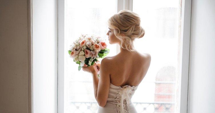 Yaz düğünü için gelinlik saçı aksesuarları...