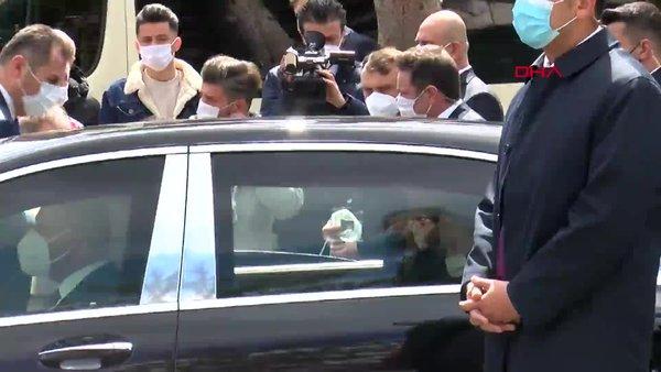 SON DAKİKA: Cumhurbaşkanı Erdoğan'dan İstanbul Sarıyer'de minibüs durağına ziyaret