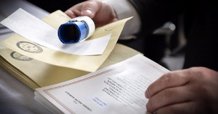 CHP'nin referandum yalanını müşahitlerine gönderdiği mesajlar açığa çıkardı