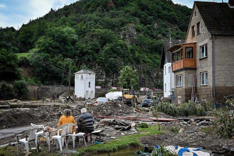 Almanya'dan korkunç haberler geliyor! Sel ve su baskınlarında ölü sayısı 103'e yükseldi