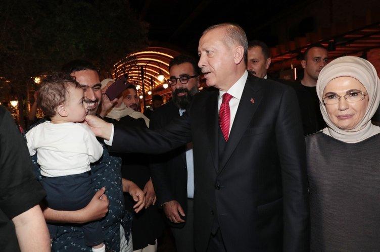 Başkan Erdoğan'a vatandaşlardan yoğun ilgi gösterdi