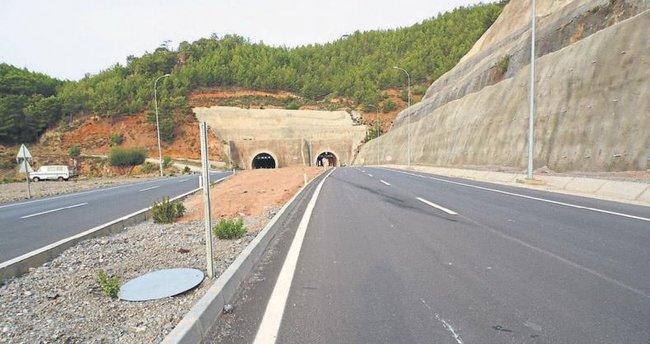 Adana-Antalya yolu beş saatte geçilecek