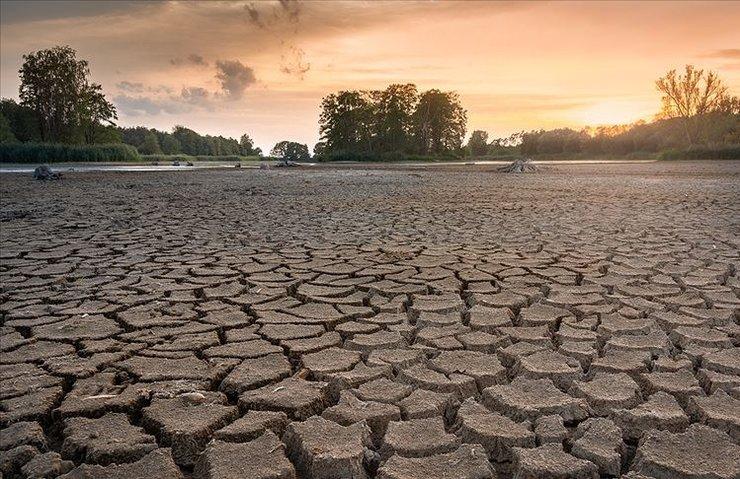 'Dünyanın sıcaklığı ortalama 0,9 derece arttı'