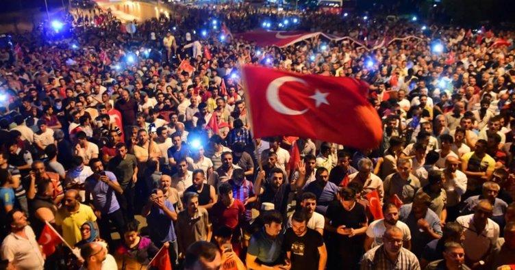 """""""Kahraman unvanı tüm Türkiye'ye verilmiştir"""""""