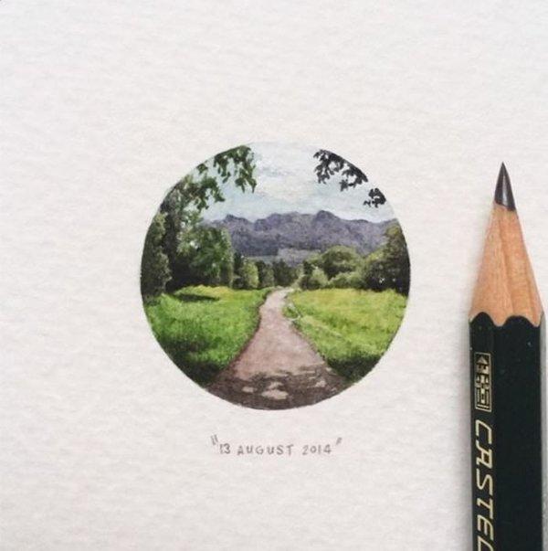 Dünyanın en küçük resimlerini yapıyor